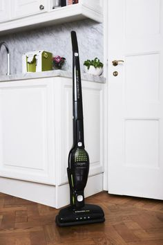 What's more romantic than a clean house? We're making an early jump on spring cleaning, and that starts with the hunt for the perfect vacuum cleaner. The fanatics at Real Simple recently named their top five vacuums, ranging from cordless to robots, budget to luxe. Here are their five picks: