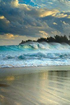 Haena Surf Kauai, Hawaii This is a beautiful beach scene.
