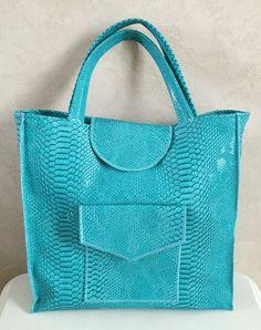 Sac bleu turquoise en simili cuir : Sacs à main par floralice