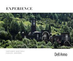O Santuário Maritxell, em Canillo, Andorra, foi destruído por um incêndio em 1972 e completamente restaurado a sua antiga beleza