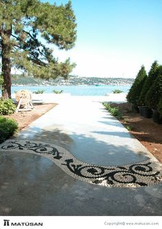 Portfolio - Pebble Mosaic would love to make this mosaic pathway in the backyard from the patio to the tool shed/workshop!Beautiful design