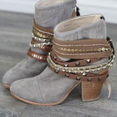 2785c47cd Need these Fall Fashion Boots, Boho Fashion, Autumn Fashion, Womens  Fashion, Cheap