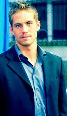 Paul Walker = Definitely Paul Weaver!!! Why did he have to leave this world?