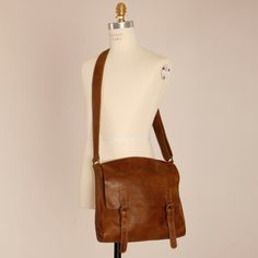 seriously just want a closet full of leather messenger bags and purses
