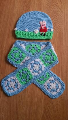 Peppa pig crochet hat and scarf to coordinate