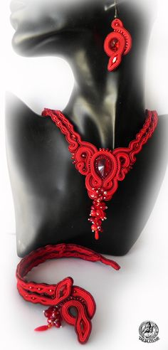 Soutache set: necklace, earrings and bracelet in Red