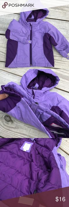 👧TCP Thermolite coat Condition 10 out of 10. Excellent used condition no issues. Snaps on hood and ends of sleeves  for hat and glove keeping. Made with registered thermolite tech gear. So will keep child warm with lightweight. The Children's Place Jackets & Coats