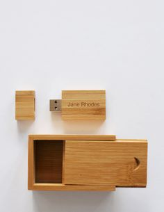 Wooden usb drive with matching box packaging also made of wood