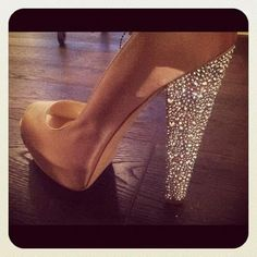 """""""Diamonds are a girls best friend""""? Diamond shoes are even better, I say! Crazy Shoes, Me Too Shoes, Diamond Shoes, Prom Shoes, Diamond Are A Girls Best Friend, Wedding Accessories, Designer Shoes, Stiletto Heels, Shoe Boots"""