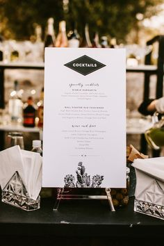 Personalized modern wedding signage, cocktail bar sign, classic black and white design Anna AJ — Jack Ginger Drink Recipes Nonalcoholic, Easy Drink Recipes, Cocktails Bar, Cocktail Menu, Ipa, Drink Menu Design, Amber, Bar Menu, Menu Cards