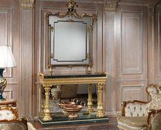 The classic console, whether placed in living rooms or used for hallways and entrances, is the epitome of luxury