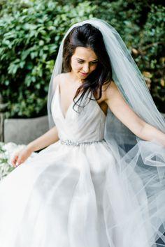 Photography: Caroline Lima Photography - http://www.stylemepretty.com/portfolio/caroline-lima-photography   Read More on SMP: http://www.stylemepretty.com/2015/09/22/modern-elegance-wedding-inspiration-shoot/
