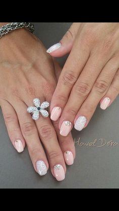 Cute nails by Dóra H.