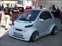 Smart For 2, Smart Car, Smart Brabus, Mercedes Benz, Benz Smart, Swatch, Weird Cars, City Car, Car Tuning