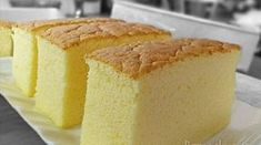 "Ogura cake, aka 相思蛋糕, hails from Batu Pahat , Malaysia. ""Ogura"" is a Japanese surname; ""相思"" means lovesick. Is there a love story behind th. Cheesecake Recipes, Cupcake Recipes, Baking Recipes, Cupcake Cakes, Dessert Recipes, Baking Ideas, Bolo Chiffon, Ogura Cake, Japanese Cake"