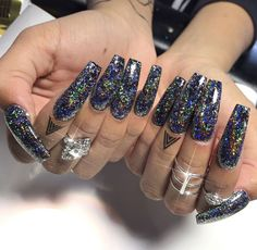 What you need to know about acrylic nails - My Nails Glam Nails, Hot Nails, Bling Nails, Beauty Nails, Hair And Nails, Perfect Nails, Gorgeous Nails, Nailart, Nail Candy