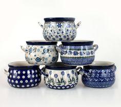 cz - Handmade Polish Pottery from Boleslawiec . Blue Pottery, Ceramic Pottery, Blue Dishes, White Kitchen Decor, Blue And White China, Polish Pottery, Modern Ceramics, Ceramic Plates, Dinnerware