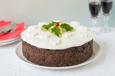 A time-tested traditional Christmas cake recipe for the best holiday classic yet. It may look daunting, but not so if Cakes To Make, How To Make Cake, Food To Make, Baking Recipes, Cake Recipes, Dessert Recipes, Baking Tips, Christmas Desserts, Christmas Baking
