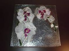 Resultado de imagem para flores em estanho