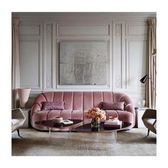 c o u c h c r u s h via @thisisglamorous . . . . . #livingroom #pink #couch #architecture #architexture #interiordesign #interior #design #kitchen #architecturelovers #instagood #beautiful #home #style