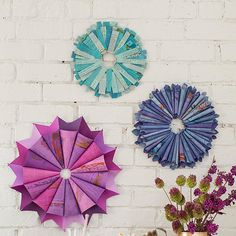 Make Dyed Wreaths: so beautiful, but I don't know if I could take pages from a book (the teacher in me)