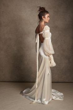 Dream Wedding Dresses, Bridal Dresses, Prom Dresses, Formal Dresses, Pleated Wedding Dresses, Dresscode, Satin Gown, Wedding Looks, Dream Dress
