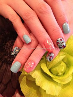 Freehand bright leopard nail art
