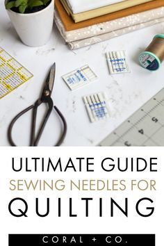 How to choose the right sewing needle for quilting! What's the deal with sewing machine needles for quilting? Universal Needles, Quilting Needles, Microtex Sharp Needles, Topstitching Needles.... there so many different types. How do you know which one the right type for your quilting project? Find out which one you need. Sewing Machine Quilting, Beginner Quilting, Quilting Tools, Quilting For Beginners, Quilting Projects, Quilt Tutorials, Craft Tutorials, Sewing Tutorials, Half Square Triangle Quilts Pattern