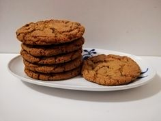 Cookies med Daim – Bagehuset.dk Muffin, Candy, Cookies, Breakfast, Desserts, Food, Crack Crackers, Morning Coffee, Tailgate Desserts