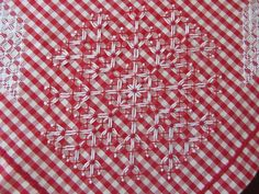 88331097_o Chicken Scratch Patterns, Chicken Scratch Embroidery, Cute Stitch, Gingham Fabric, Household Items, Embroidery Stitches, Needlework, Projects To Try, Arts And Crafts