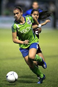 Seattle Sounders Women - take your daughter to a game!