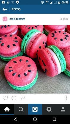 Watermelon macaroons