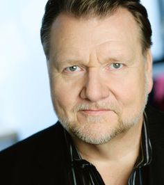 Ben Heppner - Superb opera singer.  I always knew the production would be exellent at Seattle Opera if he was in the lead.