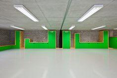 Youth Hostel / Metaform Architects