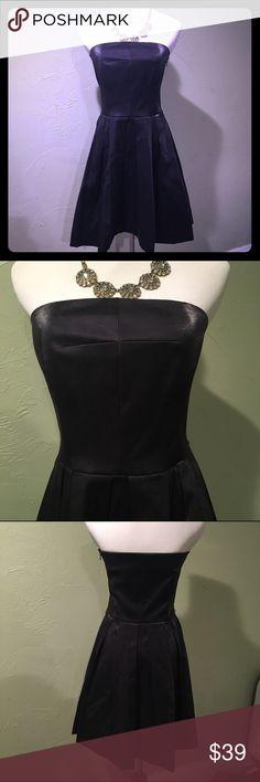 ❤️ RACHEL Rachel Roy Black Strapless Dress. ❤️ ❤️ Shiny black strapless RACHEL Rachel Roy dress with pretty pleated skirt.  Size 6.  Excellent condition! ❤️ RACHEL Rachel Roy Dresses Strapless