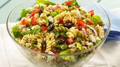 Greek pasta salad ready in 30 minutes! Betty Crocker® Suddenly Salad® pasta salad mix and veggies come together in this delicious dinner recipe. Best Pasta Salad, Greek Salad Pasta, Pasta Salad Recipes, Soup And Salad, Suddenly Salad, Cooking Recipes, Healthy Recipes, Delicious Dinner Recipes, Potluck Recipes