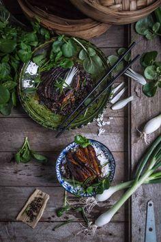 Szechuan kourou - pork belly steamed with mustard leaf - 烧白 | heneedsfood.com
