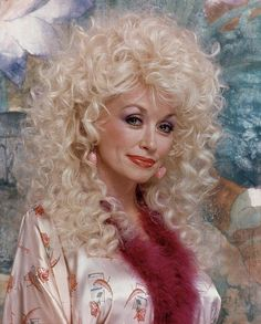 Country Singers, Country Music, Dolly Patron, Dolly Parton Quotes, Dolly Parton Pictures, Tennessee Honey, Country Strong, Remember The Time, Sexy Legs And Heels