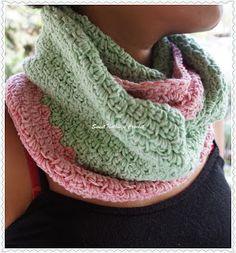 Sweet Nothings Crochet Debbie's Pista n Berry Infinity Cowl