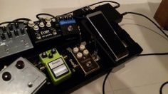 Customer pedalboard photo with LSC and Axis Wah