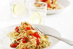 Spaghetti med tomat og hvidløgsrejer