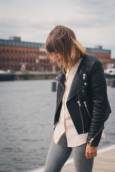 Leather & Skinny Jeans @CO DE + / F_ORM