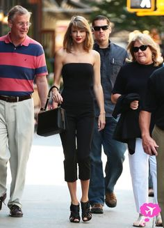 Taylor Swift's mom has cancer!