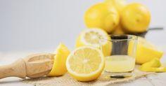 Le jus de citron, ça se boit... mais pas seulement! En effet, le citron présente tellement de bienfaits et de propriétés intéressantes qu'au quotidien, il peut nous donner de nombreux coups de pouce. CuisineAZ nous le prouve, avec ces 15 utilisations insolites du jus de citron.