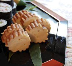 伊達巻  Japanese style fluffy souffle omelette