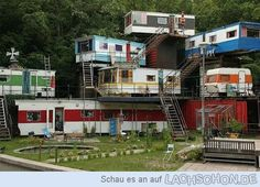 "gusset: "" It's like a trailer park tree house. or a trailer park mansion… "" Trailer Park, Food Trailer, Casas Containers, Apartment Complexes, Vintage Trailers, Vintage Campers, Vintage Caravans, Glamping, Home Remodeling"