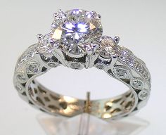 staggering vintage style engagement rings for women (6) by LeoN in Retroterest. Read more: http://retroterest.com/pin/vintage-style-engagement-rings-for-women-6/