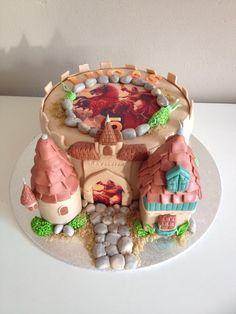 Freekjeskeekjes maakte deze taart van Raveleijn voor de zoon van Caroline van den Oetelaar. Gingerbread, Waffles, Birthday Cake, Breakfast, Desserts, Food, Cake Ideas, Dessert Ideas, Morning Coffee