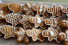 Gingerbread Cookies, Deserts, Cooking, Christmas, Food, Do Crafts, Gingerbread Cupcakes, Kitchen, Xmas
