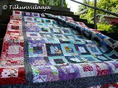 """""""Grandma's House"""" scrappy quilt by Tilkunviilaaja -- """"Mummola""""-tilkkupeitto jäännöspaloista"""